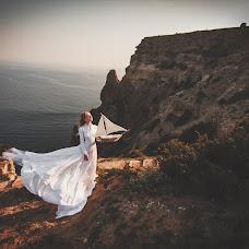 Wedding photographer Marina Tripolko (Solnechnaja). Photo of 20.02.2014