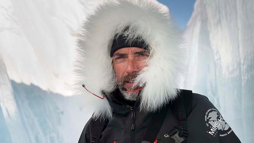 Javier Campos en el Polo Norte Magnético.
