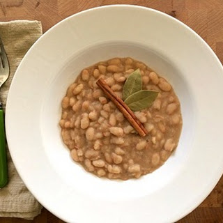 Cinnamon Spiced Great Northern Beans.