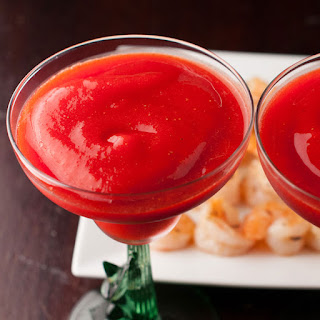 How to Make Coconut Rum Strawberry Daiquiris