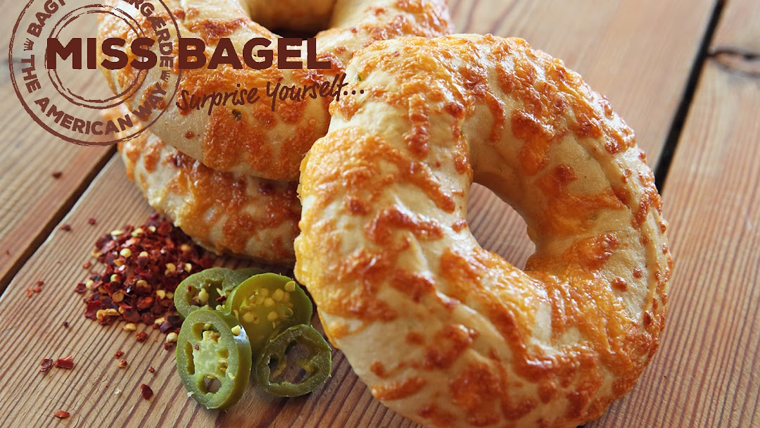 Fresh Bagel Build Your Own Eatery