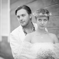 Wedding photographer Denis Savin (nikonuser). Photo of 14.05.2017