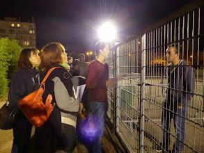 Photo: Attente de ceux qui se sont trompé d'entrée ou remake de Prison Break