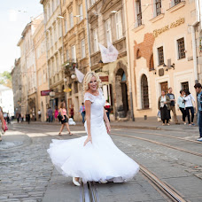 Wedding photographer Yaroslav Burda (yaroslavlviv). Photo of 21.11.2015