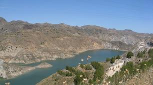 El pantano de Cuevas contiene sólo un 8,5% de su capacidad