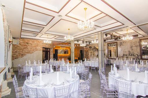 Зал для свадьбы в Загородный клуб Айвенго за городом в Подмосковье