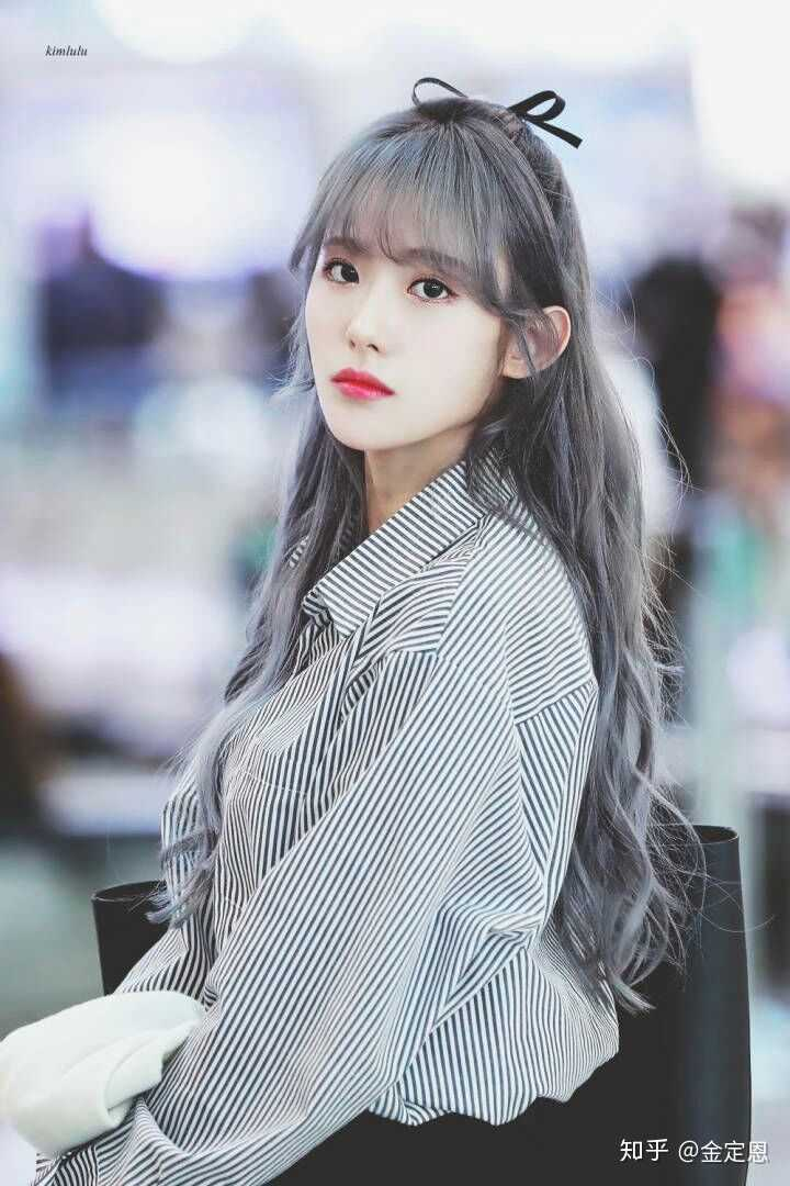 luda gray hair