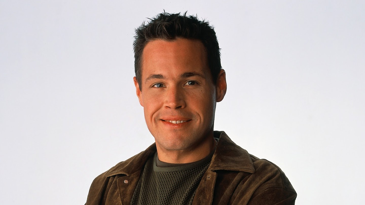 Watch The Jeff Corwin Experience live
