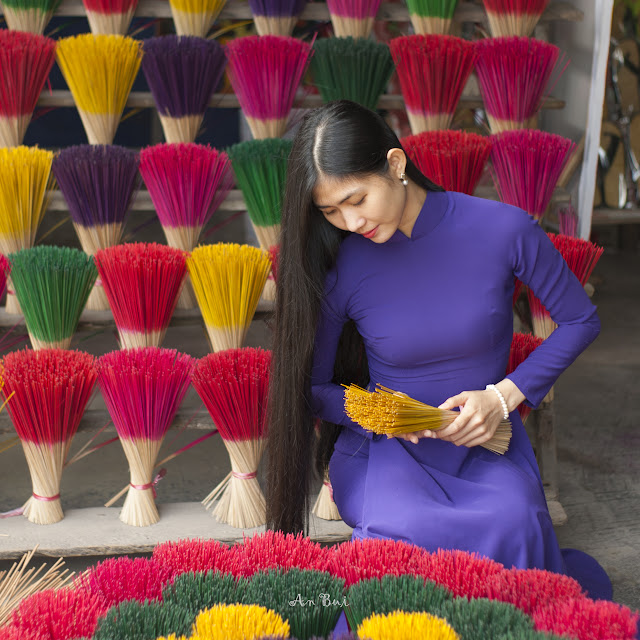 photography with model in Ao Dai in incense village