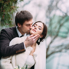 Wedding photographer Vladimir Zlotnik (claroscuro). Photo of 27.11.2016