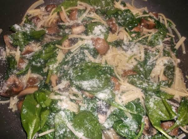 Spinach Portobello Linguini