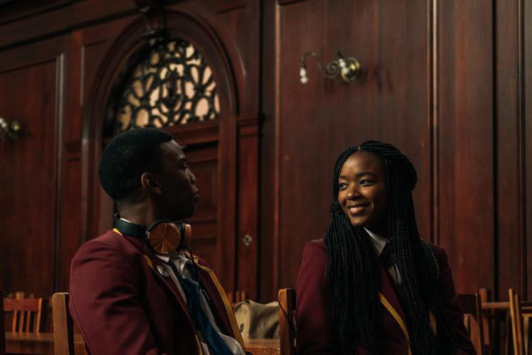 Ama Qamata (R) who plays Puleng Khumalo, & Thabang Molaba (Left) in 'Blood & Water'