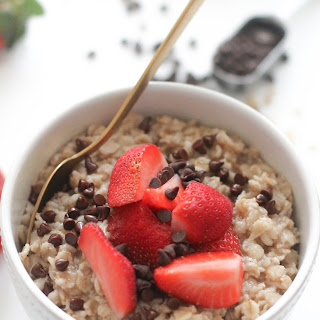 Chocolate Strawberry Oatmeal (V&GF).