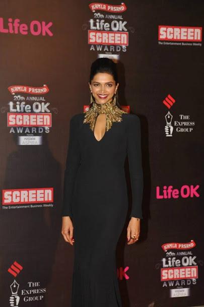 Deepika Padukone smile, Deepika Padukone in black gown