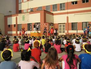 Photo: Visita de la Flama del Correllengua al Col·legi Herrero de Castelló de la Plana. Divendres 30 de setembre de 2011.