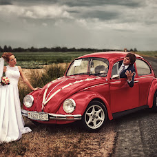 Wedding photographer Maksim Pavlov (Simkamaks). Photo of 15.05.2014