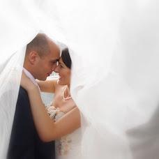 Wedding photographer Vasiliu Leonard (vasiliuleonard). Photo of 26.02.2015