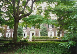 Photo: Chestnut Hill colonial revival. A very imposing house.