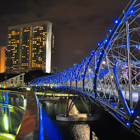 Helix Bridge by Alvin Cheah - Abstract Patterns ( pwclines-dq )