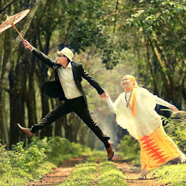Flying together by Pandou Lubis - Wedding Other