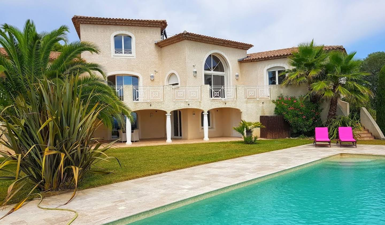 Villa avec piscine et jardin Magalas