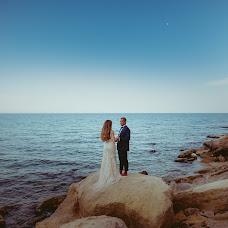 Wedding photographer Miroslava Velikova (studioMirela). Photo of 07.10.2018