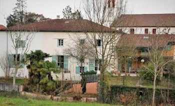 maison à Méharin (64)