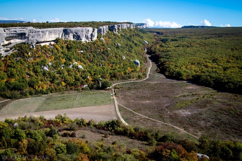 Вид на долину с Эски-Кермен