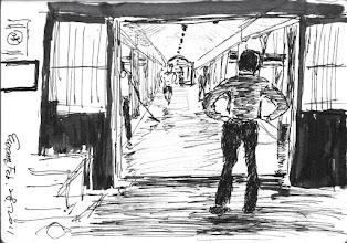 Photo: 洗地板2011.02.28鋼筆 中央台值班的阿魁主任無奈地看著一群雜役洗著長長的中央走道,因為多年前某長官的決策,將走道換成了易髒易卡垢的淡橘色地磚,更換的原因竟只是法務部某長官視察時滑了一下… 從此每逢假日戒護人力單薄時還要開一群受刑人出來,看這些年耗費大量的人力、水、時間在淸洗地板上,當真是錯誤的政策比貪污更嚴重…