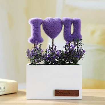 裝飾小擺設🌸🌸 L14.5 x W6 x H22cm 有紫色粉紅色 $65