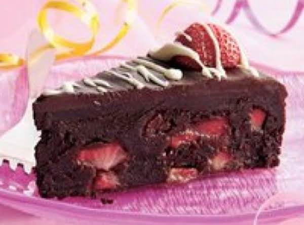 Fudge Strawberry Truffle Cake Recipe