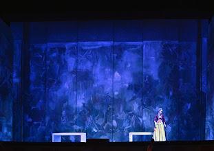 Photo: Wiener Volksoper: LE NOZZE DI FIGARO - Inszenierung Marco Arturo Marelli. Premiere am 25.11.2012. Mara Mastalier. Foto: Barbara Zeininger