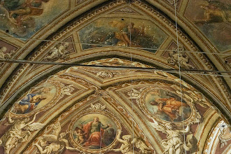 Photo: Ceiling above the altar