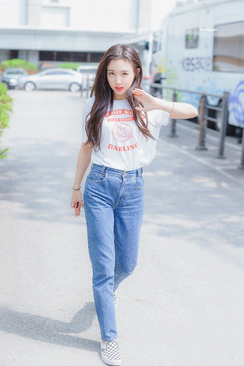 nayeon airport fashion7