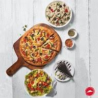 Pizza Hut photo 3