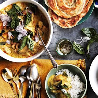 Chicken And Bamboo-shoot Yellow Curry With Roti And Rice.