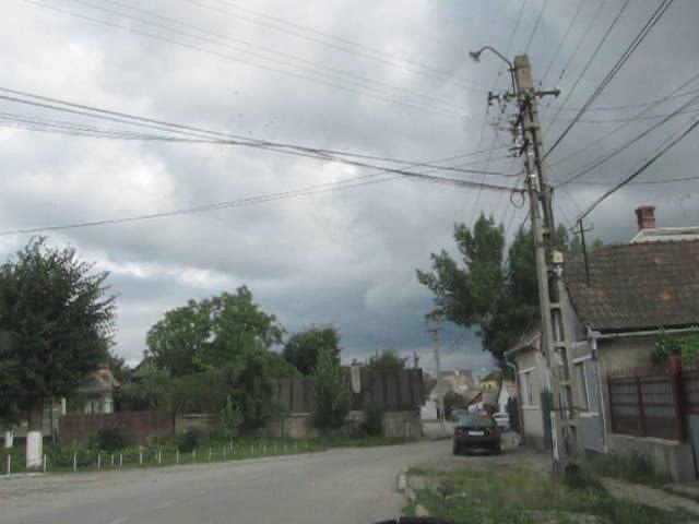 Video: Video realizat din masina mica, circuland pe Str. Avram iancu, Str. Axente Sever , Gh. Lazar, A.Saguna, -  2010.07.07