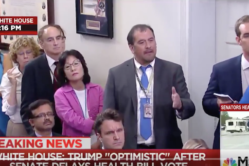 Video: Virtue signaling by White House media