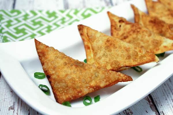 Cheese Appetizers With Chicken, Green Onion, And Bacon On A White Plate.