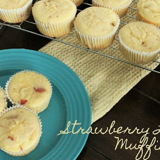Strawberry Lemonade Muffins + Giveaway.