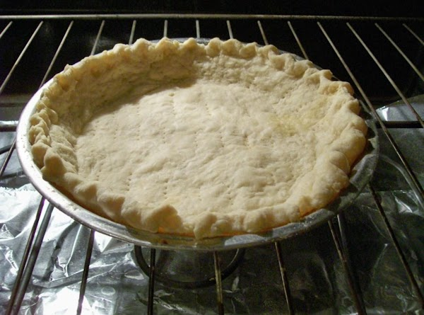 Pour into COOLED pie Crust.Cover with Plastic wrap. Place in refer to Chill completely....