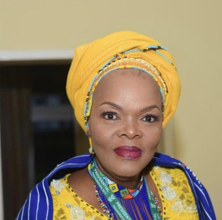 当地英雄,Ntombekhaya Tsako