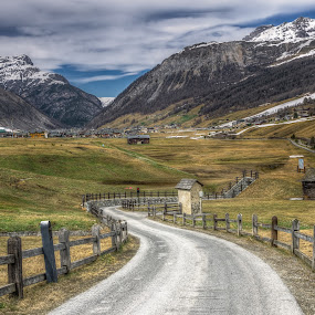 Livigno, Italy by Krasimir Lazarov - Landscapes Mountains & Hills ( skiing, mountains, village, livigno, tourism, landscape, italy, travel locations, alps,  )