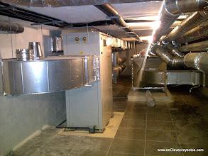 Photo: Sala de máquinas. Equipos de ventilación.