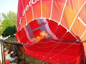 Photo: Vasta loppuvaiheessa palloon ohjataan kuumaa ilmaa