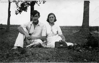 Photo: Виктор Некрасов с мамой Зинаидой Николаевной, Ворзель, 1947 г.