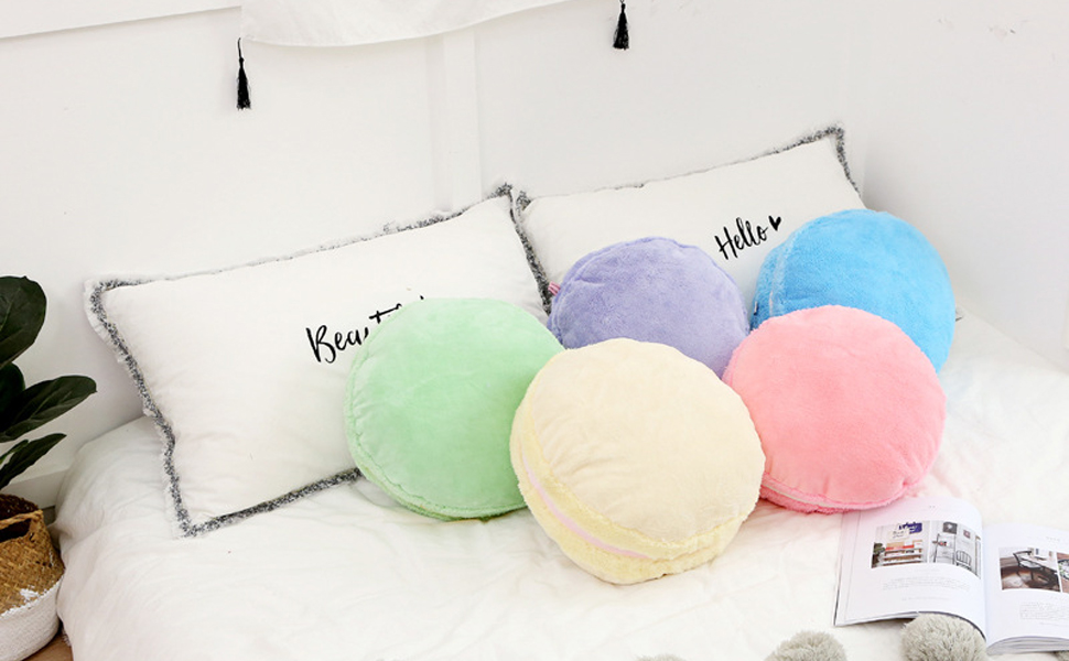 Design Custom Blankets and Pillows For Your Teen Girl Bedroom Ideas