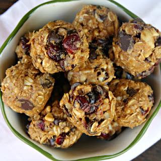 Nutty Chocolate Cranberry Energy Bites