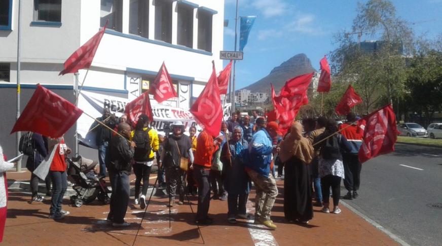 Behuisingsaktiviste neem Stad Kaapstad voor die hof - SowetanLIVE