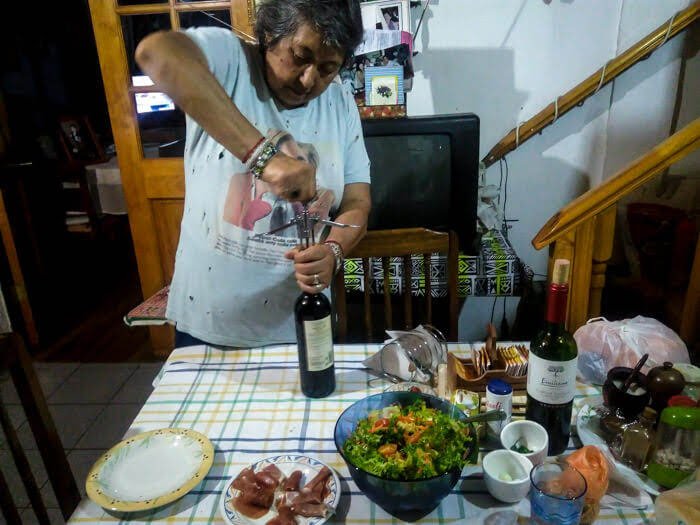 chilean+lady+wine+food+santiago_chile.jpg